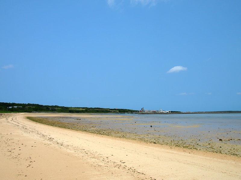 トゥマールビーチ(やらますビーチ)