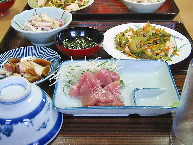 仲盛荘さんの夕食